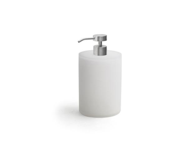 Nassau, 28 Oz Soap Pump
