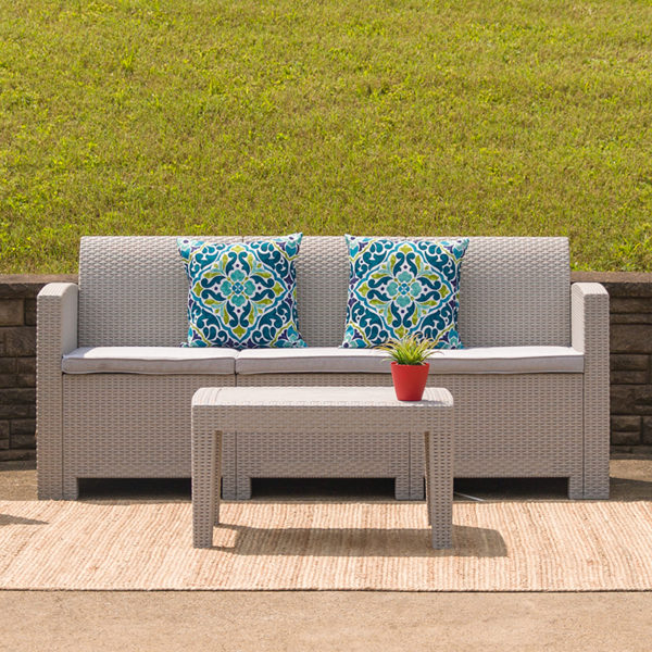 Outdoor Sofa, Faux Rattan w Cushions, Light Grey